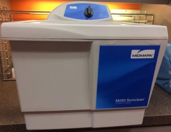 Midmark Soniclean M250 Dental Ultrasonic Cleaner